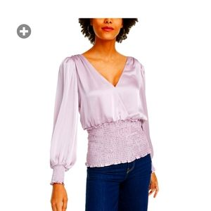 NWT Leyden Blouse. Size Small. Lilac